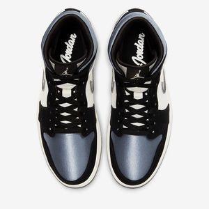 Nike Air Jordan 1 Mid SE size 11